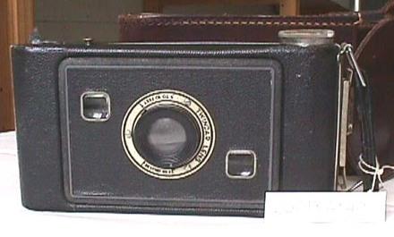 folding camera : Eastman no. 4 Cartridge Kodak Camera [2001x2.45.1]