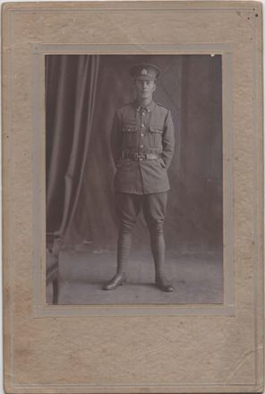 Photograph of Rifleman Ernest Bassett 40176 . Image kindly provided by Shei Huffam (July 2019). Image has no known copyright restrictions.