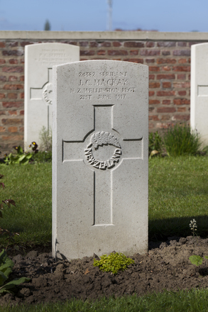 Headstone of Sergeant John Campbell Mackay (24382). Motor Car Corner Cemetery, Comines-Warneton, Hainaut, Belgium. New Zealand War Graves Trust (BECW8770). CC BY-NC-ND 4.0.