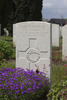 Headstone of Private Harold Ernest Maberly (39843). Nine Elms British Cemetery, Poperinge, West-Vlaanderen, Belgium. New Zealand War Graves Trust (BEDA9571). CC BY-NC-ND 4.0.