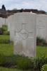 Headstone of Rifleman Peter William Doig (24/125). Reninghelst New Military Cemetery, Reningelst, Poperingseweg, West-Vlaanderen, Belgium. New Zealand War Graves Trust (BEDS8435). CC BY-NC-ND 4.0.