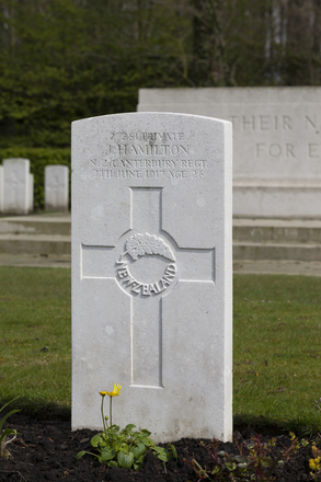 Headstone of Private John Hamilton (27281). Strand Military Cemetery, Comines-Warneton, Hainaut, Belgium. New Zealand War Graves Trust (BEEB7258). CC BY-NC-ND 4.0.