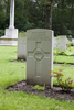 Headstone of Private Leslie George Arnold (6/1233). Ploegsteert Wood Military Cemetery, Comines-Warneton, Hainaut, Belgium. New Zealand War Graves Trust (BEDI1507). CC BY-NC-ND 4.0.