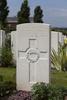 Headstone of Rifleman Thomas Sinclair Sclater (15979). Tyne Cot Cemetery, Zonnebeke, West-Vlaanderen, Belgium. New Zealand War Graves Trust (BEEG1793). CC BY-NC-ND 4.0.