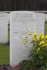 Headstone of Rifleman Roy Lane Cunliffe (13739). Polygon Wood Cemetery, Zonnebeke, West-Vlaanderen, Belgium. New Zealand War Graves Trust (BEDK6511). CC BY-NC-ND 4.0.