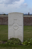 Headstone of Lieutenant William Morton Arcus (4/520). Divisional Cemetery, Ieper, West-Vlaanderen, Belgium. New Zealand War Graves Trust (BEAZ1051). CC BY-NC-ND 4.0.