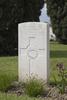 Headstone of Private Leslie Clapham Batten (41469). Nine Elms British Cemetery, Poperinge, West-Vlaanderen, Belgium. New Zealand War Graves Trust (BEDA9544). CC BY-NC-ND 4.0.