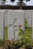 Headstone of Bombardier Alfred George Lovell Bliss (11/1410). Mendinghem Military Cemetery, Poperinge, West-Vlaanderen, Belgium. New Zealand War Graves Trust (BECQ1154). CC BY-NC-ND 4.0.