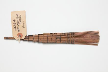 comb, 1931.390, 16635.4, Cultural Permissions Apply
