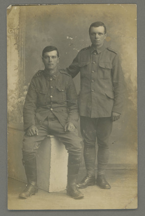 Photograph of the Grigg brothers, Alfred Grigg on the right and Eldred Treleavan Grigg left. Image kindly provided by Caroline Fraser (September 2019). Image has no known copyright restrictions.