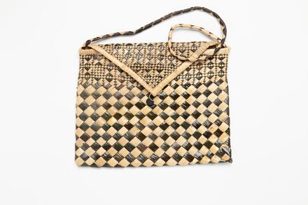 purse, 1977.21, 48083, Cultural Permissions Apply