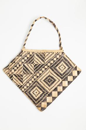 bag, 1979.40, 48431, Cultural Permissions Apply