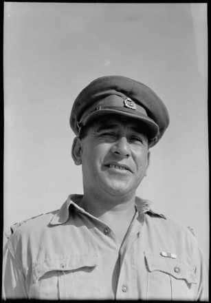 Portrait of Lieutenant Colonel Kingi Areta Keiha, taken at Maadi, Egypt, by G. Bull in August, 1943. Alexander Turnbull Library, Wellington, DA-04458. Image is subject to copyright restrictions.