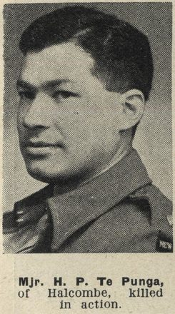 Portrait of Major Hamuera Paul Te Punga, Auckland Weekly News, 29 November 1944. Auckland Libraries Heritage Collections AWNS-19441129-26-1. Image may be subject to copyright restrictions.