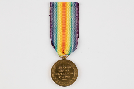 medal, campaign, 2019.62.555.3, Photographed 23 Jan 2020, © Auckland Museum CC BY