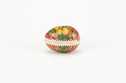 container, egg (papier mache), 1967.90, col.1541, © Auckland Museum CC BY