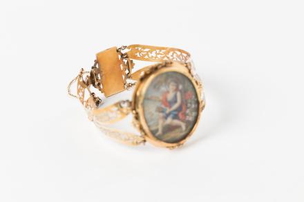 bracelet, 1962.163, M1855, 36918, Photographed 07 Feb 2020, © Auckland Museum CC BY