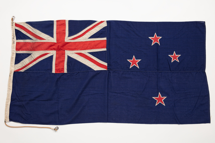 flag / 2019.62.346 / © Auckland Museum CC BY
