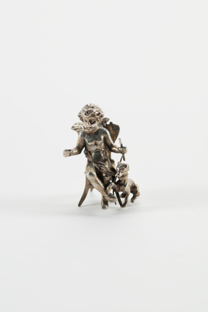 figure, 1967.13, S606A, Photographed 13 Feb 2020, © Auckland Museum CC BY
