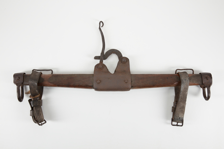 harness, swingletree, 1959.51.2, col.1742, 35590.2, col.1742.2, Photographed 27 Feb 2020, © Auckland Museum CC BY