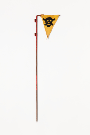 pennant, marker, 2019.62.101, Photographed 04 Mar 2020, © Auckland Museum CC BY