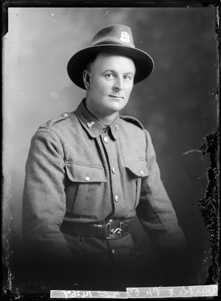 Crown Studios, Auckland. Studio portrait of a soldier. Name from glass plate inscription: Private E. G. Bartlett. Hat and collar badges denote NZEF 23rd Reinforcements. Historical note: [Probably] Edwin George Bartlett. Service No.40482. Private. 23rd Reinforcements, Auckland Infantry Regiment, A Company. (Source: Auckland War Memorial Museum, Cenotaph record). Auckland Libraries Heritage Collections 7003-179. No known copyright restrictions