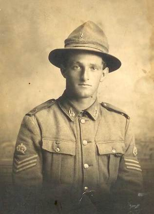 Portrait of Private Arthur William Carlyle Horsman. Image courtesy of S. Horsman, SCRoll Project, South Canterbury Museum. Image is subject to copyright restrictions.