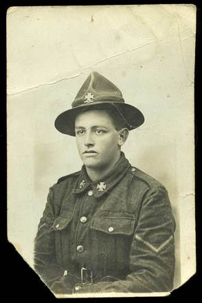 Portrait of Lance Corporal Kenneth Davison, c.1918/1919. Image courtesy of C. Boulton, South Canterbury Museum, L2015/005.001. Image is subject to copyright restrictions.