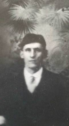 Photograph of Arthur Pierce. Image courtesy of D. Hall, SCRoll Project, South Canterbury Museum. Image is subject to copyright restrictions.