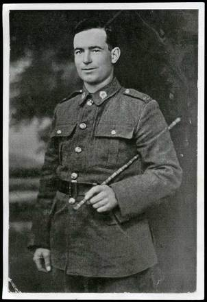 Portrait of Rifleman Alfred Brassell. Image courtesy of J. Graham and H. Fifield, SCRoll Project, South Canterbury Museum. Image is subject to copyright restrictions.