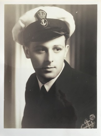 Portrait of Petty Officer Eric Robert Welsford, c.Second World War. Image kindly provided by Jan Payne (April 2020). Image may be subject to copyright restrictions.
