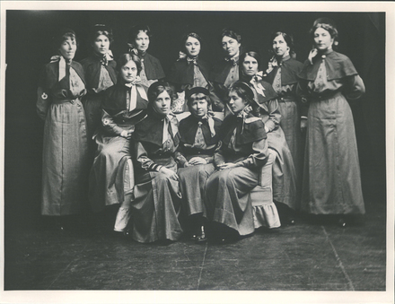 Nurses in the First World War, as identified by Sherayl McNabb back row ( l to r), Winifred Scott, Hilda Steele, Nora Fitzgibbon, Grace Cuthrie, Ethel Dement, Cora Turnbull, and Helen Brown. Seated (l to r), Dorothy Rose, Elizabeth White, Alice Fraser, Elsie Cooke, (looking away from the camera) and Jessie Verey. Image kindly provided by Hocken Collection, Hocken Library, University of Otago. Image has no known copyright restrictions.
