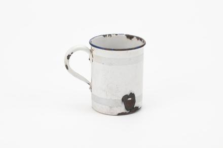 mug, 1965.78.301, col.0273, ocm0990, Photographed 05 Aug 2020, © Auckland Museum CC BY