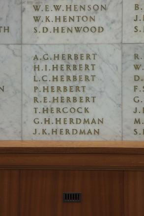 Auckland War Memorial Museum, World War II Hall of Memories Panel  H_017. Image taken June 2020.