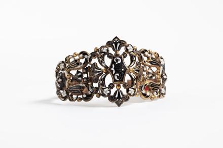 bracelet, 1932.233, 421, 17666, M105,  © Auckland Museum CC BY