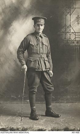 Portrait of '823 Francis Allan Bain, 39th Battalion of Fitzroy, Vic formerley of Invercargill, NZ.' Australian War Memorial, HO1488.