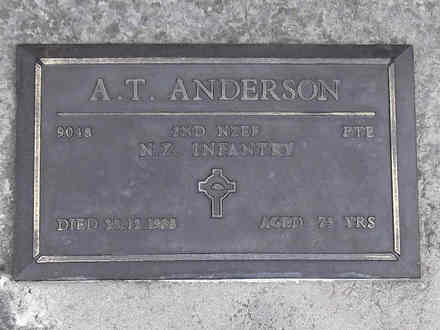 Headstone of Pte Andrew Thomas ANDERSON 9048. Andersons Bay RSA Cemetery, Dunedin City Council, Block 22A, Plot 113. Image kindly provided by Allan Steel CC-BY 4.0.