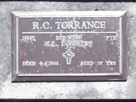 Headstone of Pte Richard Cameron TORRANCE 19045. Andersons Bay RSA Cemetery, Dunedin City Council, Block 2A43. Image kindly provided by Allan Steel CC-BY 4.0.