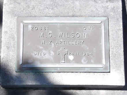 Headstone of Gnr Michael George WILSON 20881. Andersons Bay RSA Cemetery, Dunedin City Council, Block 30S4. Image kindly provided by Allan Steel CC-BY 4.0.