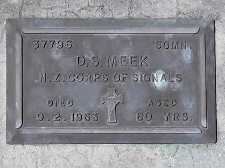 Headstone of Sigmn Donald Stalker MEEK 37796. Andersons Bay RSA Cemetery, Dunedin City Council, Block 33S, Plot 12. Image kindly provided by Allan Steel CC-BY 4.0.