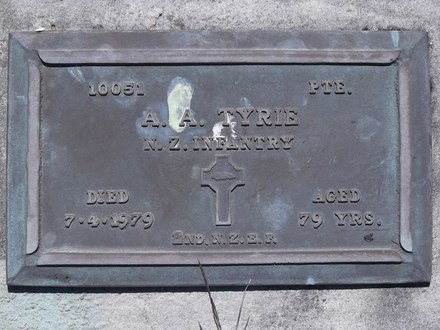 Headstone of Pte Alfred Alexander TYRIE 10051. Andersons Bay RSA Cemetery, Dunedin City Council, Block 8SC, Plot 10. Image kindly provided by Allan Steel CC-BY 4.0.