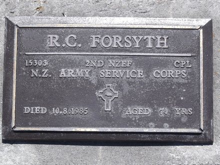 Headstone of Cpl Robert Cooper FORSYTH 15303. Andersons Bay RSA Cemetery, Dunedin City Council, Block 14SC, Plot 16. Image kindly provided by Allan Steel CC-BY 4.0.