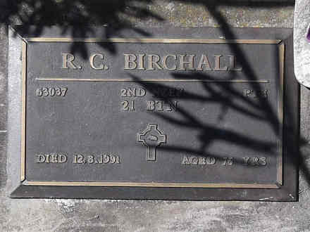 Headstone of Pte Ronald Cyril BIRCHALL 63037. Greenpark RSA Cemetery, Dunedin City Council, Block 1A, Plot 53. Image kindly provided by Allan Steel CC-BY 4.0.
