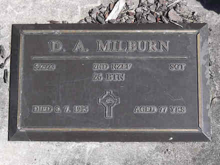 Headstone of Sgt Douglas Arthur MILBURN 502923. Greenpark RSA Cemetery, Dunedin City Council, Block 1A167. Image kindly provided by Allan Steel CC-BY 4.0.