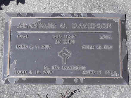 Headstone of L/Cpl Alastair Gordon DAVIDSON 13721. Greenpark RSA Cemetery, Dunedin City Council, Block 4A28. Image kindly provided by Allan Steel CC-BY 4.0.
