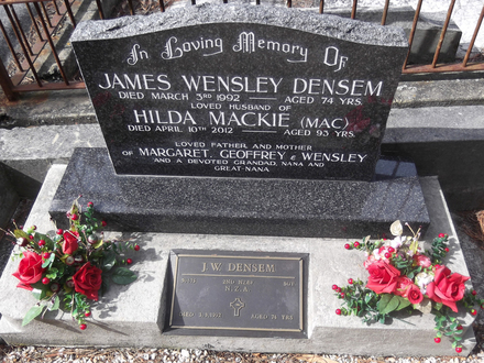 Headstone of Sgt James Wesley DENSEM 50675. Port Chalmers General Cemetery, Dunedin City Council, Block DB29. Image kindly provided by Allan Steel CC-BY 4.0.