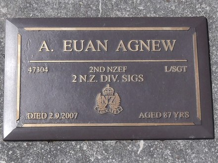Headstone of L/Sgt Arthur Euan AGNEW 47304. Port Chalmers RSA Cemetery, Dunedin City Council, Block SFP, Plot 17. Image kindly provided by Allan Steel CC-BY 4.0.
