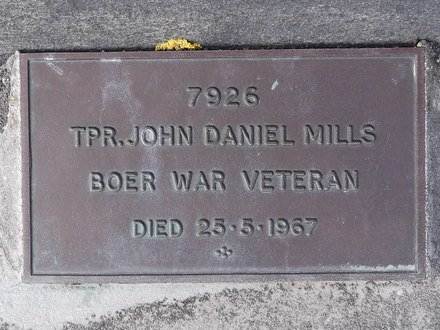 Headstone of Tpr John Daniel MILLS 7926. Andersons Bay General Cemetery, Dunedin City Council, Block 2646. Image kindly provided by Allan Steel CC-BY 4.0.