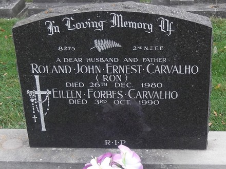 Headstone of Pte Roland John Ernest CARVALHO. Greenpark General Cemetery, Dunedin City Council, Block 8, Plot 8. Image kindly provided by Allan Steel, CC-BY-4.0.