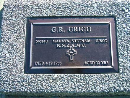 Gravestone of Staff Sergeant Graham Richard (Dick) Grigg, Awa Tapu Cemetery, Paraparaumu, Kapiti Coast.